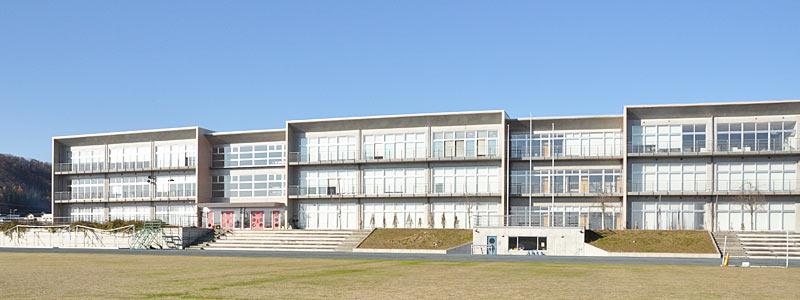 村山市立葉山中学校